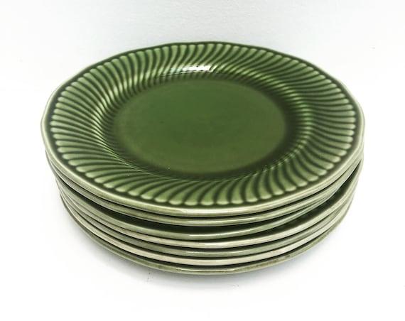 Green dinnerware entrée dishes dessert plates, salad  Boch, Belgium Trianon La Louvière  model green dinnerware, Belgian pottery