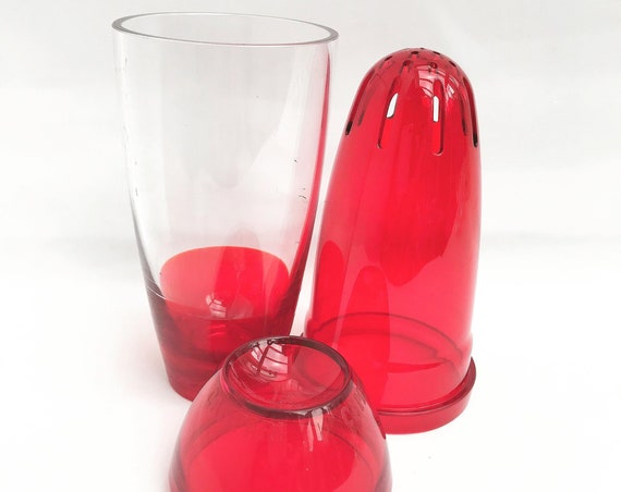 Cocktail Shaker Guzzini Campari  Vintage Rosso Vermouth Advertising Items  Rare promotional Modern design red acrylic collector 70s barware