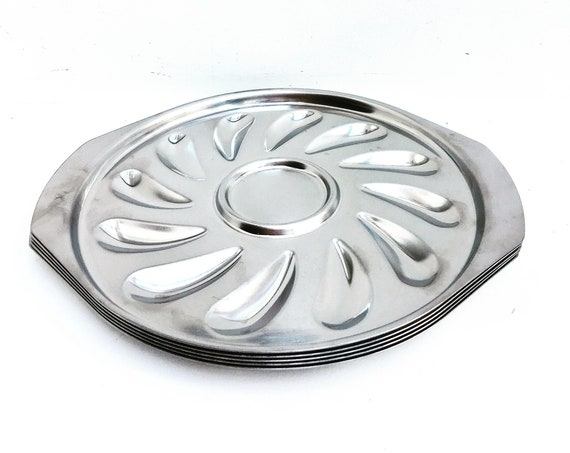 Mussels platter oven proof stainless steel gratined 8 Plates shells , belgian made 60s Vintage holidays table Christmas party silver decor