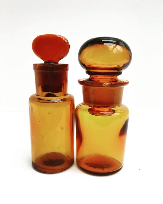 Cabinet Pharmacy Antique Brown Amber Glass Apothecary Bottles Set 2 Cabinet Chemist Medical Bathroom Decor Collectible Prescription Medicine
