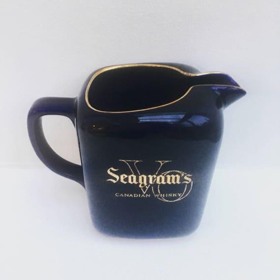 Vintage Water pitcher, wine jug, water jug Vintage Seagram's VO Canadian Whisky Blue Pitcher Pub Jug Arabia Finland, gold blue ceramic