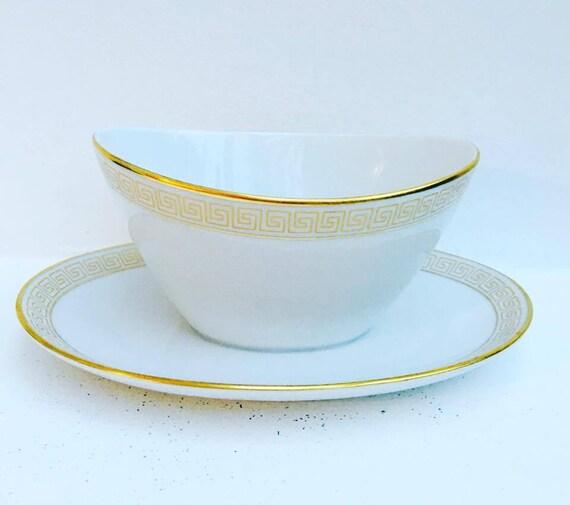 White and Gold  Gravy Boat, Old Sauce Boat . Rarisime Seltmann Weiden Bavaria porcelain, Old Porcelain, White porcelain, White China.
