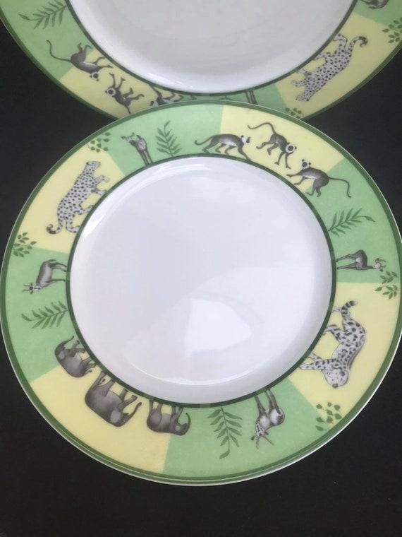"""Hermes Africa Green 3 Salad Dessert Entree 22 cm /8.6"""" plates set Vert  Hermes Dinner Plate Dish Giraffe Signed Wedding gift  table"""