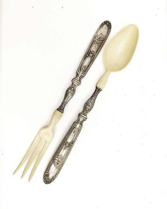 Salad Horn Cutlery Spoon and Silver Fork Salad Plates, French, Horn and Silver Metal, Fork and Spoon, Serving Cutlery, 20's, 1920s, retro