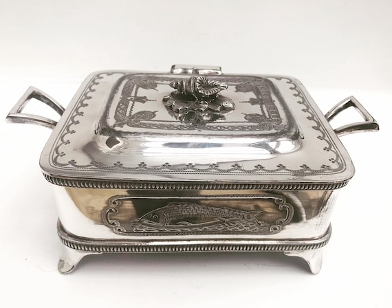 Sardine box Victorian English Walker and Hall caviar dish with lid butter dish silver plated original glass insert Covered Serving Dish gift
