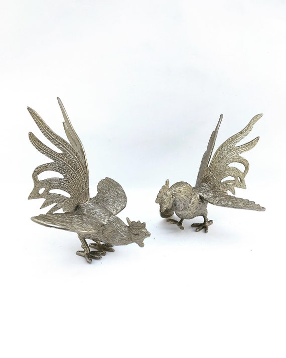 Pair Cockerel figurine Vintage Table Decor silvered Tone Metal Rooster, French Vintage Table Ornaments Hen Chicken Display Hollywood Regency