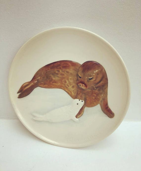 Goebel, W Germany Seal Pup Plate 1981 7th Edition Mothers Series Wood Frame, Seals - No Box'  in Mother's Day Plate by Goebel, collector