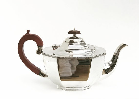 English teapot silver plated Georgian Style by A E Poston and Co Birmingham wedding gift mom coffe pot display kitchen decor hostess gift