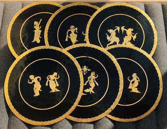 Round Oriental Placemats asian Black and Gold Decor wooden lacquer chargers circular Large placemat set of 6 gift asian table decor