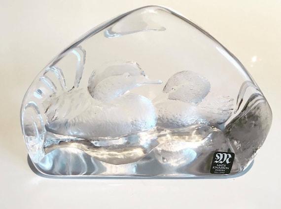 Glass Paperweight Mats Jonasson Designer Royal Krona Lead, Crystal Glass Etched Ducks,  Swedish Art Glass, 1970s  Sculpture