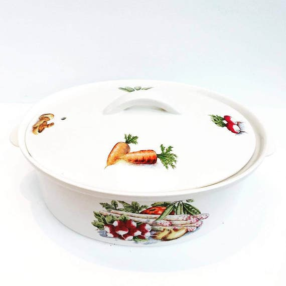 Villeroy & Boch  4 Quart Oval Covered with lid, Casserole Dish, covered oval pan oven  bakeware table