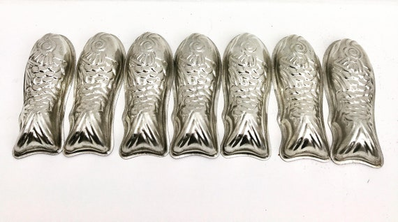 Vintage Molds Fish Chocolate Mousse Metal Cake Pan Pastry Shape Pudding Terrine Fish Aluminum Jelly Muffin Cake Food photography prop