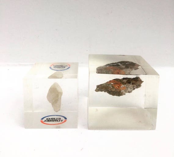 Vintage paperweight Collection acrylic paperweight, Clear Lucite Cube with Stone Inside, Rock, Mineral, Cristal , lucite paperweight MCM