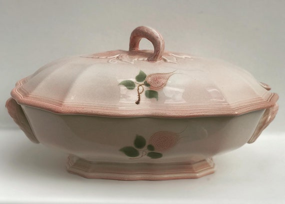 Soup Tureen Vegetable Large serving plate vintage soft pink vintage majolica Wedding gift Mid Century by Salins Les Bains hand painted