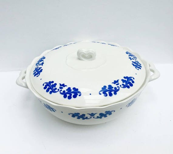 Soup Tureen with Lid Romantic French Vintage Tureen with a blue floral pattern Boch Brothers, La Louvière, Belgium Lidded blue white ceramic