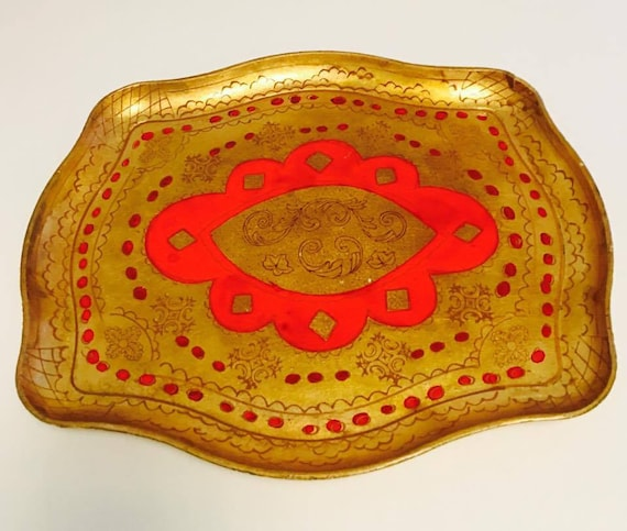 Florentine Golden Tray,  Red and Gilt, Old Italian Plateau, 60s tray  in Florentine Style. Handmade in Wood Decorated with antique painted