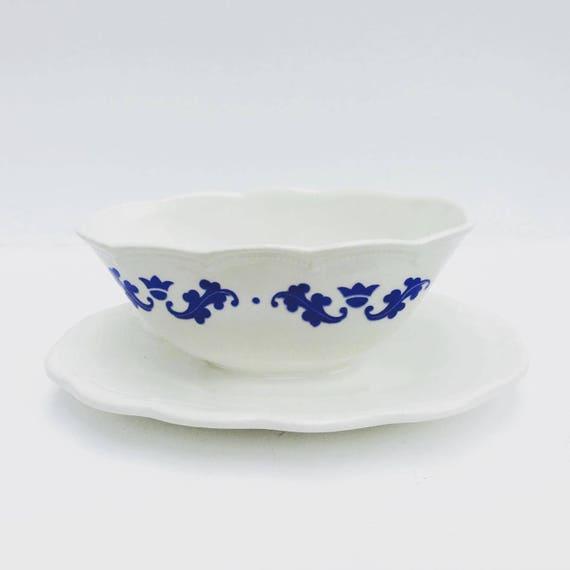 Gravy Boat, Belgian Pottery, Boch Brothers, La Louvière, Belgium. Table Service Plate Lidded. Sauce Boat blue and white ceramic, 1940s,