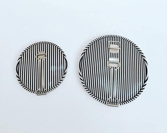 Travel Mirror, Kinetic Art , Vintage Black and  White, Striped, makes a great purse ac cessory, Mid Century modern, mid century mirror