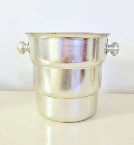 Art Deco Champagne Bucket, Ice Bucket, Icebox. Elegant, Art Deco Champagne Vintage, ice buckets cooler wine, bar, bartender, bar accessories