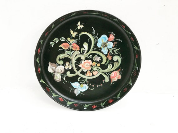 Rosemaling Norwegian Vintage 60s  fruit bowl or tray wall decorative wall plate folk art  Handcrafted in Norway Scandinavian Wood Carving