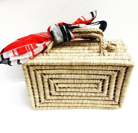Rattan handbag Mid century original wicker case beach bag purse ocean decor beach house summer bag bohemian boho chic handwoven 1960s