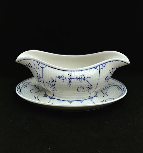 Boch Freres La Louviere Copenhagen Pattern, Gravy boat with saucer Dresden Blue white porcelain 1920s, Antique pottery Belgian Pottery