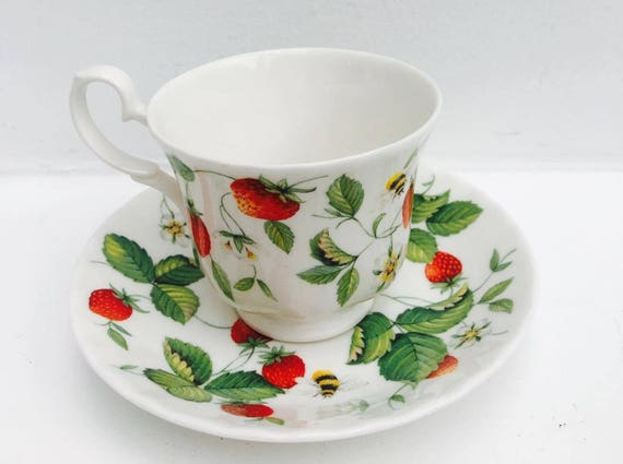 Alpine Strawberry Cup by Roy Kirkham 6 Breakfast Cups and Saucers, Replacement china, discontinued china , delicious tea cup fruits