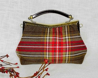 Autumn colours handbag vintage style with temple closure clip hanger and special handle, Art Deco