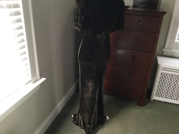 1930's Chocolate Brown Silky Velvet Gown, Size Sm… - image 4