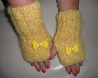 hand knit in 100% mohair wool fingerless gloves
