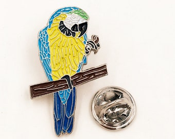 Engraved Macaw Bird Square Tie Clip