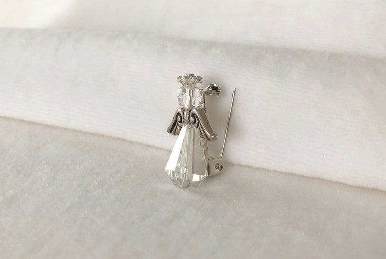 girlfriend or wife gift Christmas casual Crystal /& Antique Silver Angel Brooche for First Communion Confirmation Easter formal party