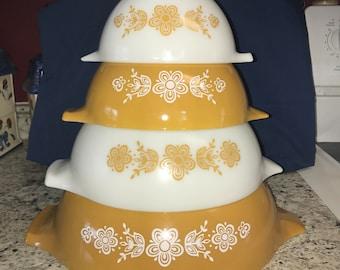 Set of 4 Golden Butterfly, Pyrex Cinderella Nesting Bowl Set