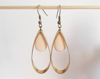 Double dangle earrings drop two-sided enamel eggshell / pink