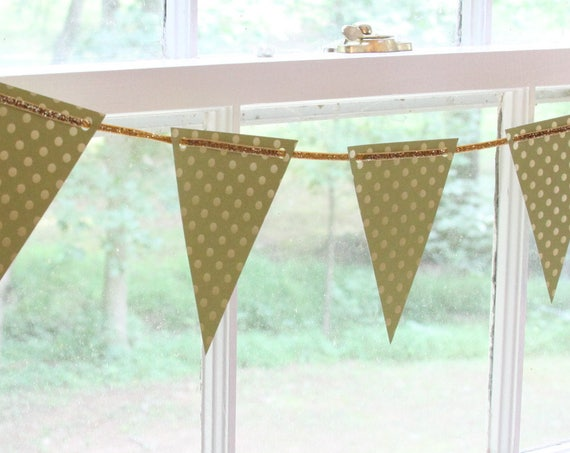 Summer Wedding Garland, Green Gold Garland, Greenery Bunting, Flower Alternatives for a Wedding, Forest Wedding, Photo Prop Ideas, For Her