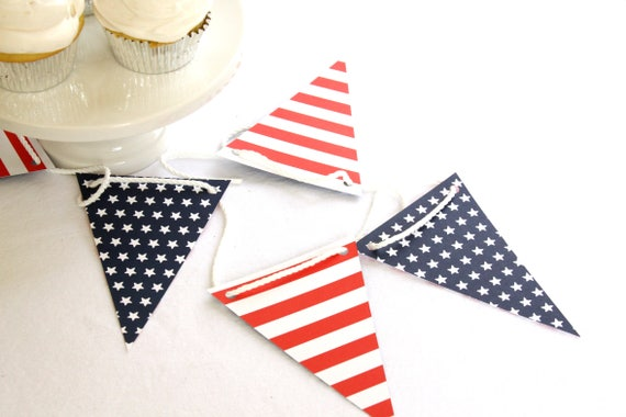 Red White and Blue Bunting, Americana, Patriotic Banner, Backyard BBQ Decorations, Picnic Supplies, Front Porch Decor
