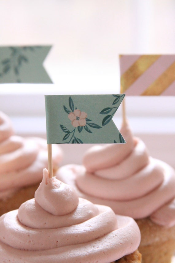 Rustic Wedding Cupcake Toppers, Engagement Party, Shabby Chic Baby Shower