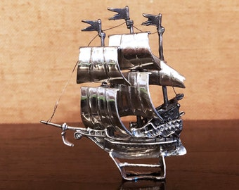 Beautiful model of Galleone Pirate 3-massaid veil in silver microfusion 925 Italy 60 collectible silvers