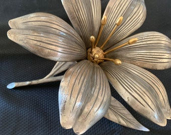 ashtrays ~ 2nd of 2 Mid Century Modern Hollywood Regency Art Deco Blooming Flower Sculpture w detachable Flower Pedals forming individual