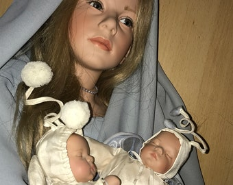 Large collectible Gotz artist made vinyl doll Morgana with pair her babies dolls , certificate, stand