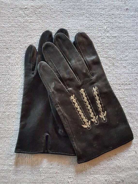 Matsuda gloves