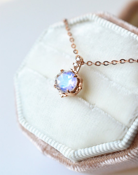 Moonstone Necklace Vintage Rose Gold Moonstone Jewelry Blue Etsy