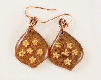 dried flower dangle earrings real flower earrings pressed flower earrings flowers resin earrings elderflower jewelry