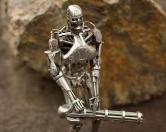 Terminator T-800 Arnold Schwarzenegger robot metal sculpture stainless steel brutal silver undead legend