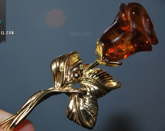A Rose for her... Baltic Amber Silver 925 Gold-plated Brooch Classic Romantic Style Woman Mother's Day Love Friendship Appreciation Beauty