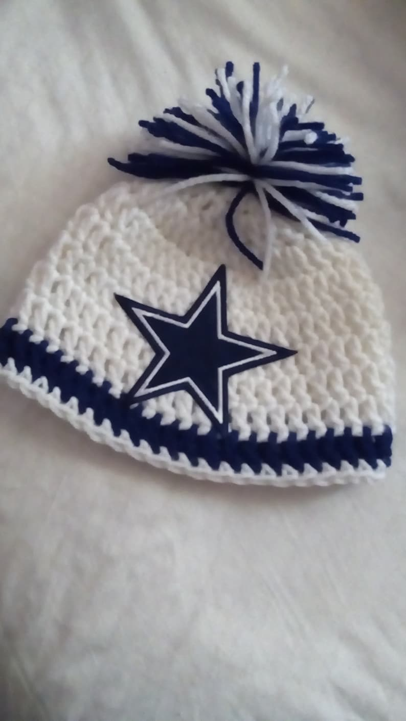 911554340c147 Dallas Cowboys Beanie w  pom pom