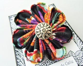Big kanzashi flower brooch, CASSIE, Les Yoyos de Calie, boho fabric brooch, kawaii, gift for her, textile fabric, japanese flower pin,