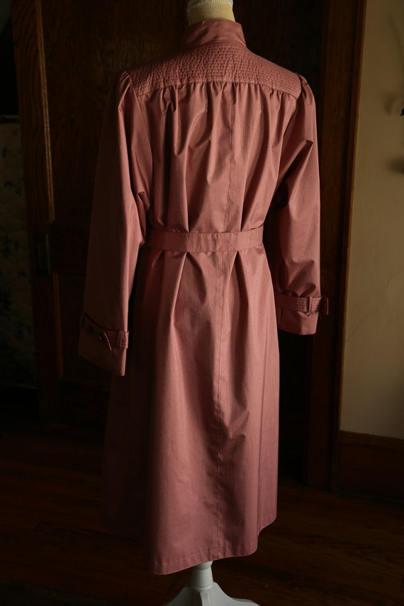 Pink Trench Coat 80s - image 3