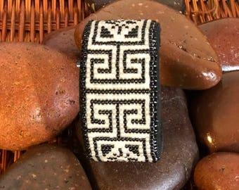 Black and White Peyote Beaded Bracelet
