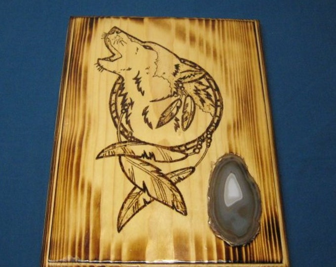 Howling Wolf in Dream Catcher with Agate Inlay - Wood Burned Plaque - Wall Hanging